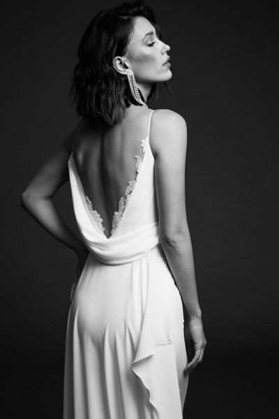 Wedding dress Rime Arodaky back