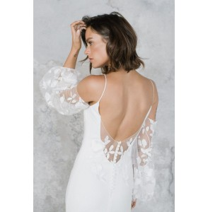 Wedding dress Rime Arodaky Wolf back