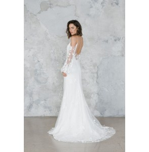 Wedding dress Rime Arodaky Wolf side