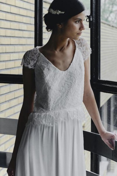 Wedding dress Laure de Sagazan Stone front