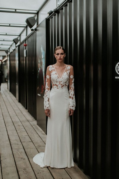 Wedding dress Manon Gontero Bexley front