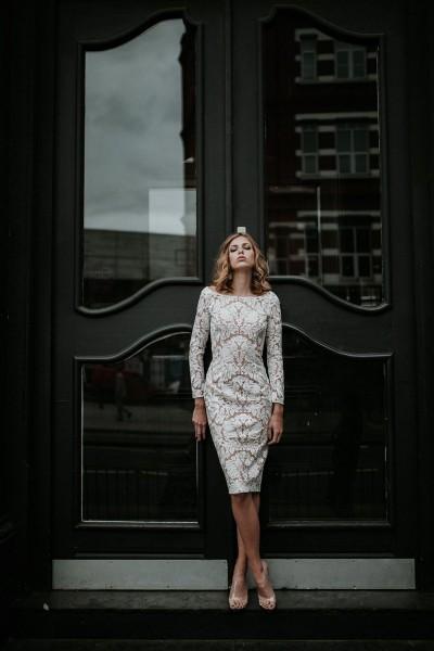 Wedding dress Manon Gontero Brent front