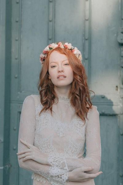 Wedding flower crown Les couronnes de Victoire Abbey front