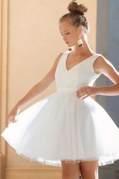 Wedding dress Alba Pointe front